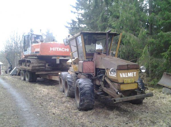 Traktorit ja koneet - Valmet 1502 - pottupellossa.fi | Konegalleria konekuskeille